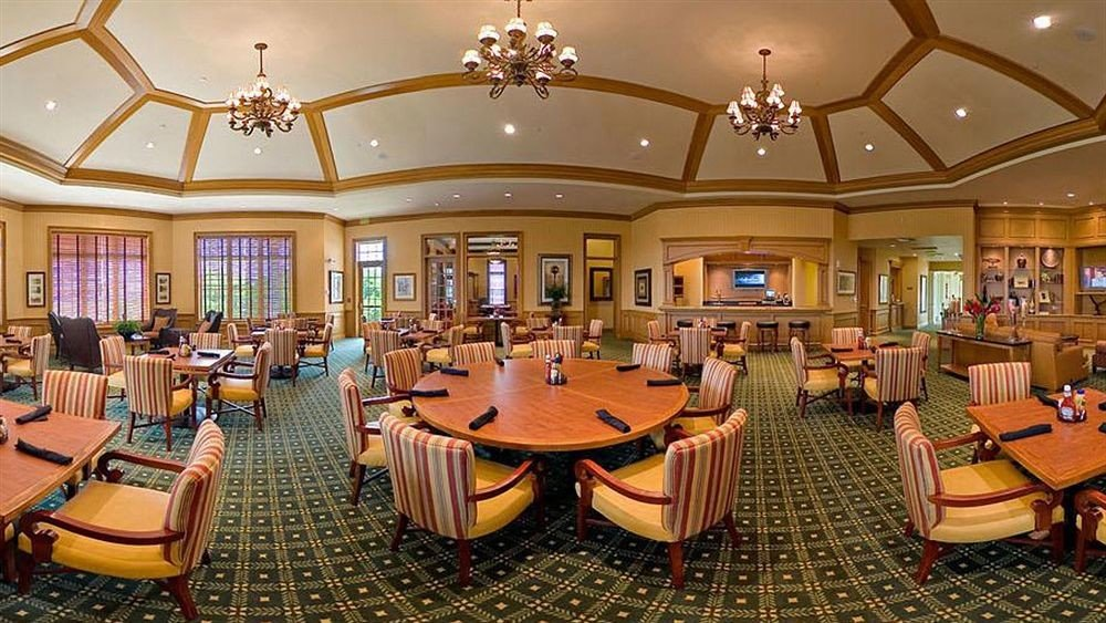 chair building function hall Dining scene Lobby Resort restaurant set ballroom recreation room convention center conference hall surrounded