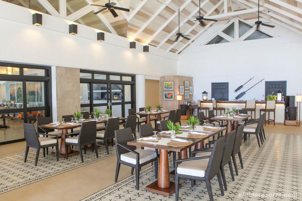 chair property building condominium cafeteria restaurant Resort Lobby Dining