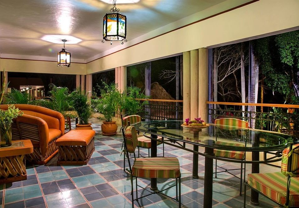 Lobby chair property condominium Resort Dining restaurant home