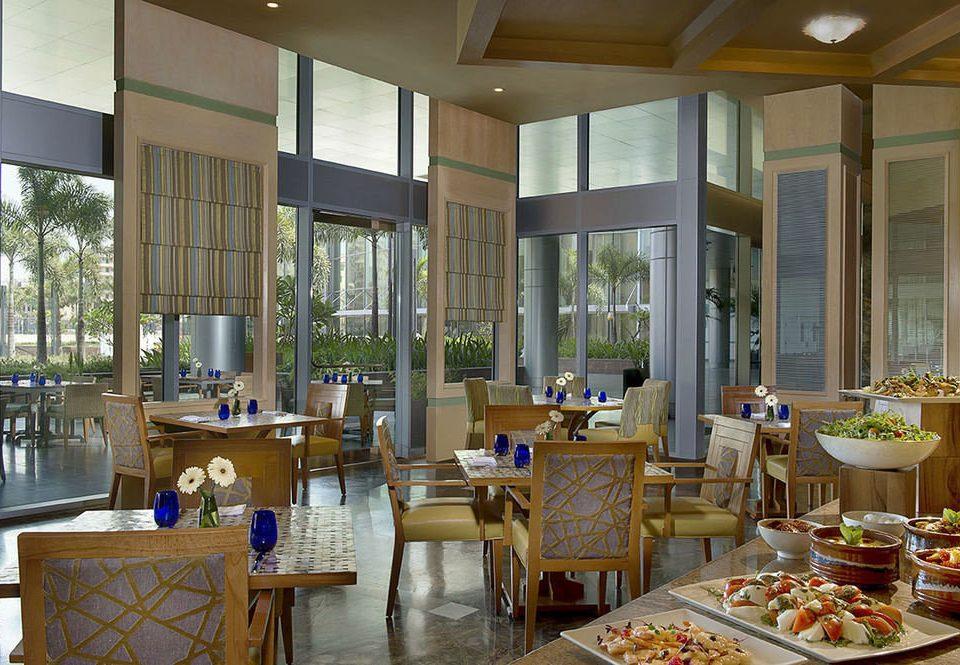 property restaurant Dining condominium home Resort Lobby living room