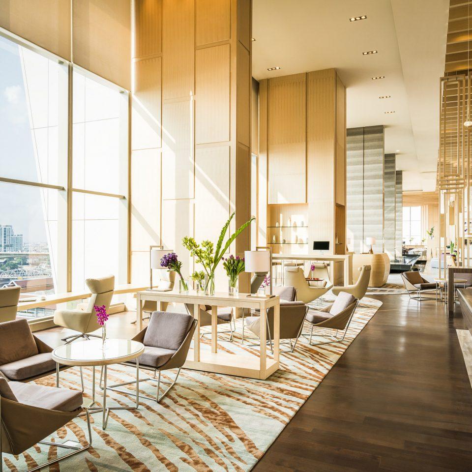 Lobby condominium restaurant living room Resort headquarters convention center Dining
