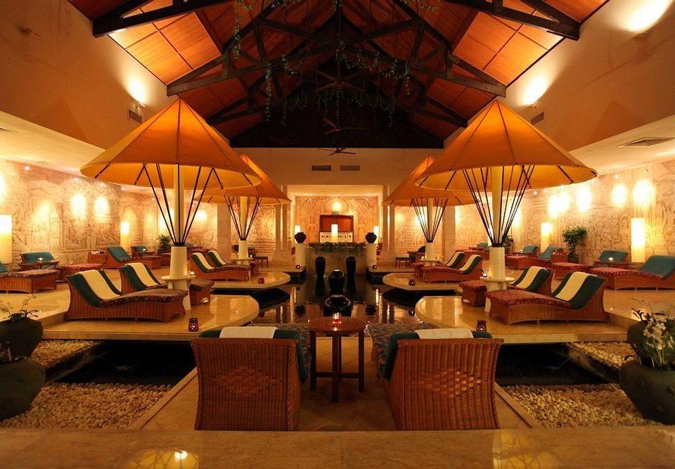 Resort restaurant Lobby function hall Dining