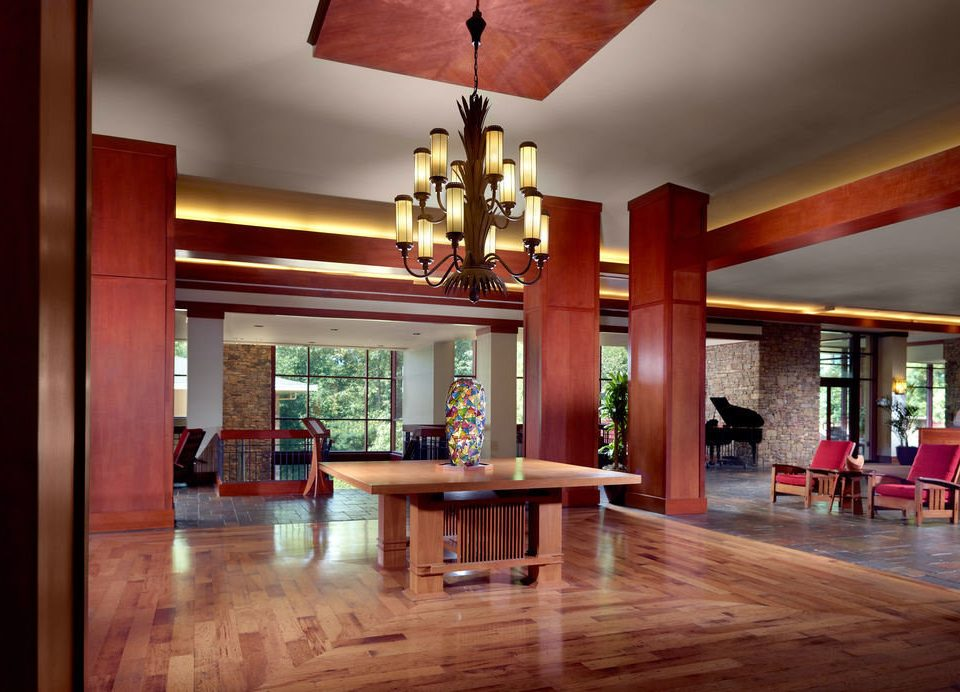 wooden property living room home hardwood Lobby wood flooring Dining mansion Resort hard