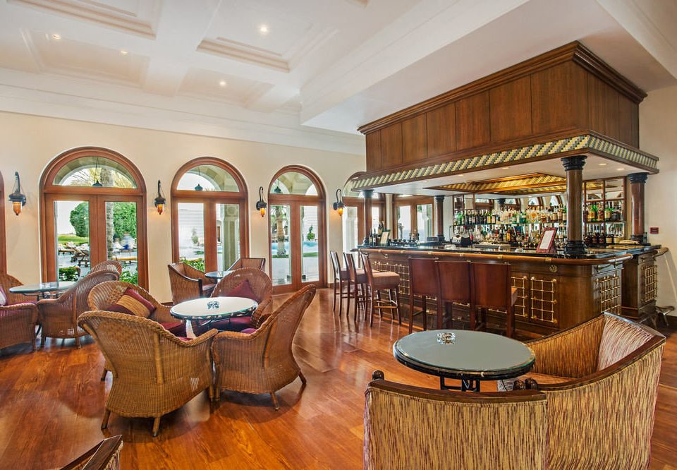 property Lobby recreation room home mansion billiard room Resort Dining living room palace Villa