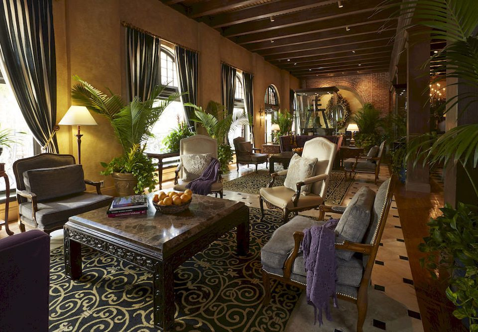 property Resort restaurant home Lobby Villa mansion Dining living room cottage hacienda