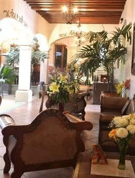 property Lobby floristry plant home hacienda living room restaurant mansion Resort Villa Dining dining table