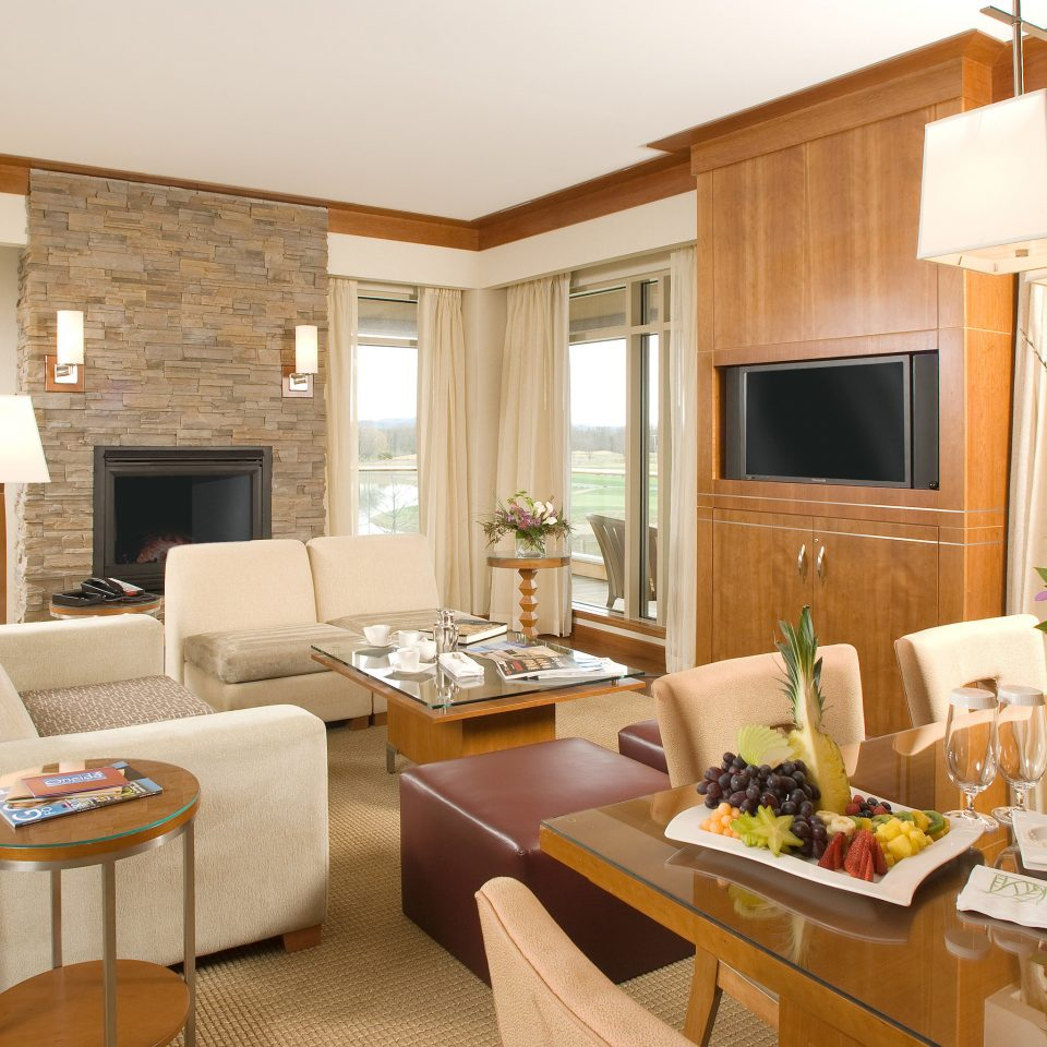 Dining Lounge Modern Patio Resort Suite Terrace property living room home condominium hardwood cottage Villa
