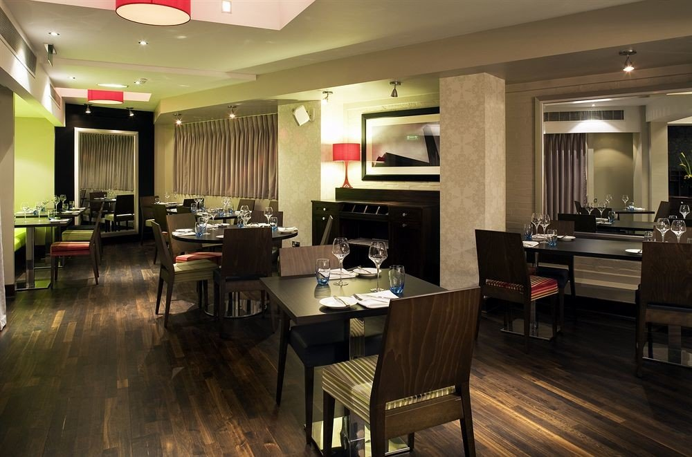 property restaurant Dining recreation room Suite hard Modern leather