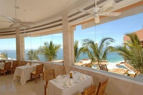 Dining Ocean Resort property Villa caribbean condominium swimming pool hacienda Suite cottage mansion eco hotel