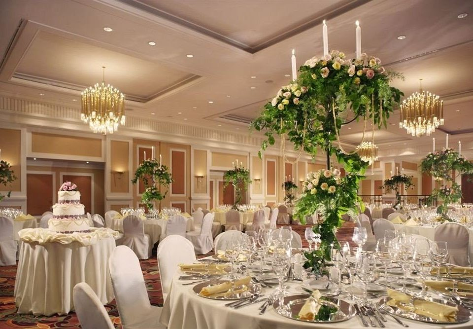 function hall plate banquet wedding wedding reception ceremony floristry ballroom centrepiece flower arranging fancy Party aisle Dining floral design buffet set dining table