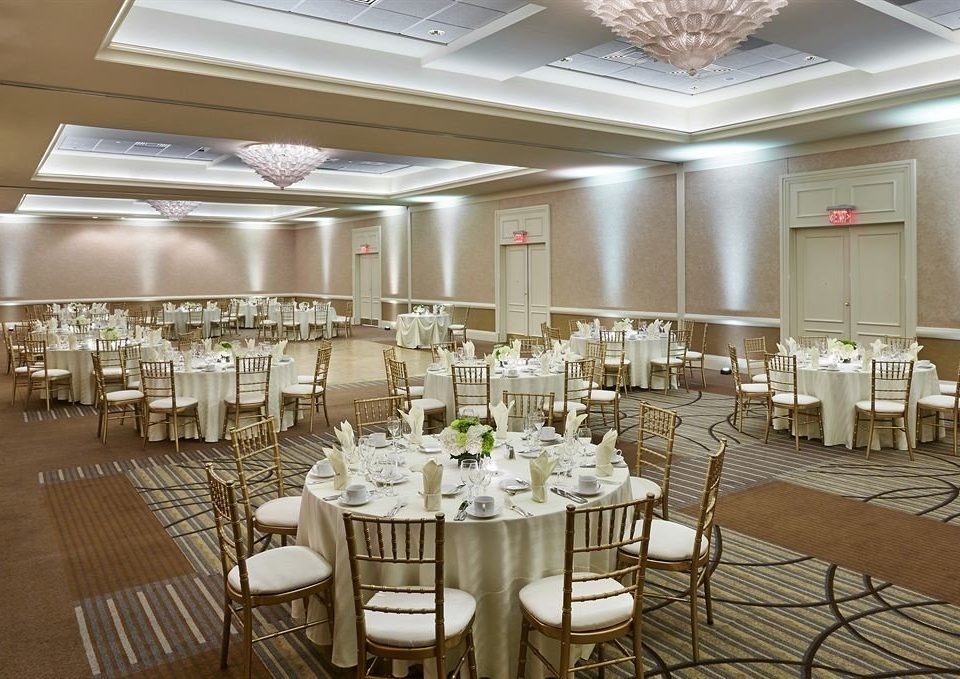 chair function hall banquet Party ballroom wedding reception wedding conference hall restaurant Dining convention center aisle