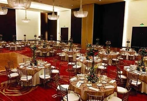 function hall banquet Dining scene ballroom set wedding reception Party restaurant dinner buffet