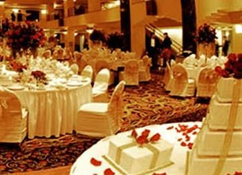 function hall banquet buffet wedding wedding reception Party ceremony Dining brunch ballroom dinner centrepiece restaurant dining table