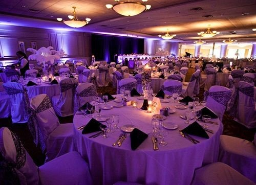 function hall banquet wedding reception wedding Party quinceañera ceremony long ballroom group Dining dinner restaurant crowd