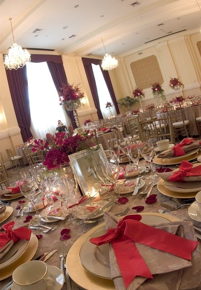 banquet function hall wedding Party ceremony centrepiece wedding reception ballroom Dining set dining table