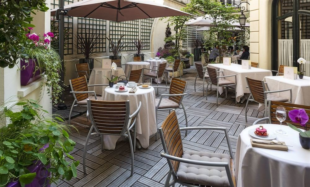 property restaurant Dining floristry backyard outdoor structure cottage Resort plant
