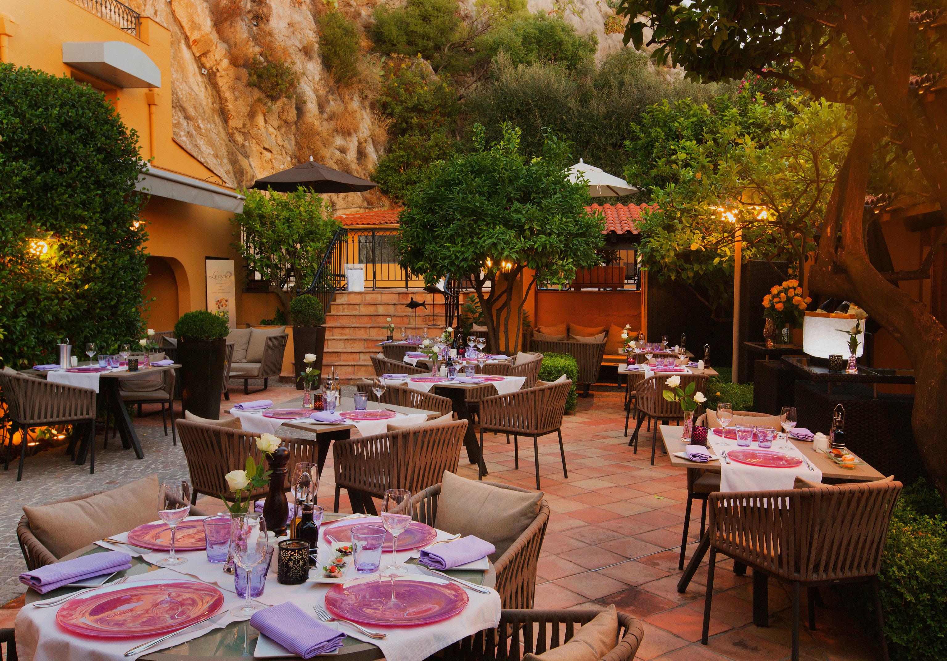 tree restaurant floristry backyard Resort Dining flower set