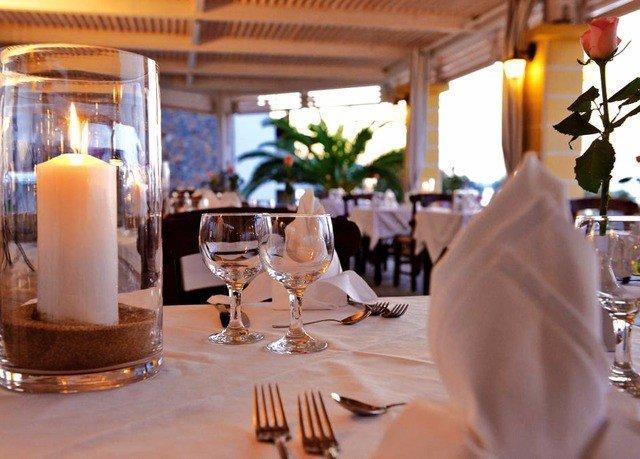 restaurant wedding ceremony rehearsal dinner Dining function hall wedding reception Resort brunch dining table