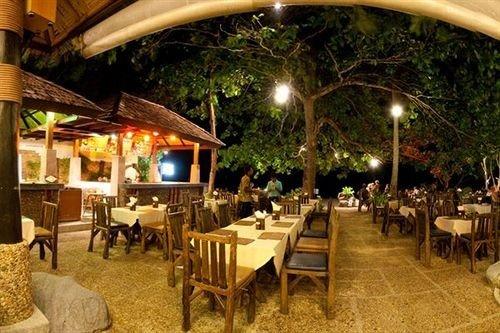 chair restaurant Dining Resort hacienda function hall eco hotel set