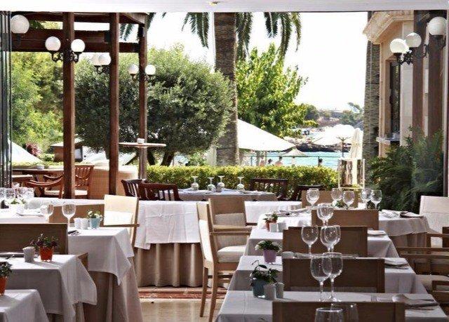 tree restaurant chair Dining function hall Resort set