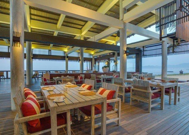 chair property Resort restaurant Dining