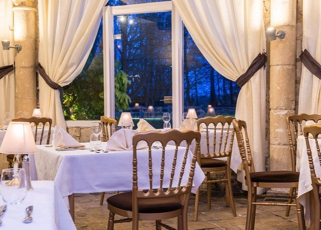 chair restaurant Dining curtain function hall Resort Suite dining table