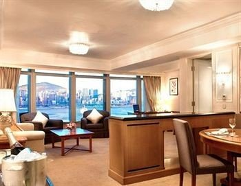 property condominium yacht Suite passenger ship recreation room Resort Dining dining table