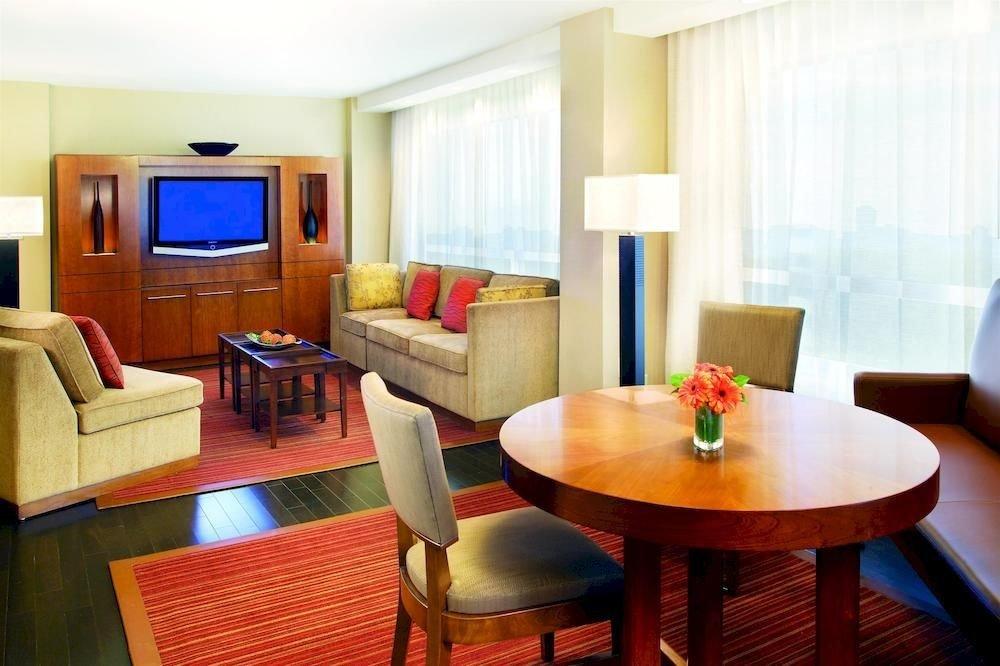 property Suite living room Dining condominium Resort