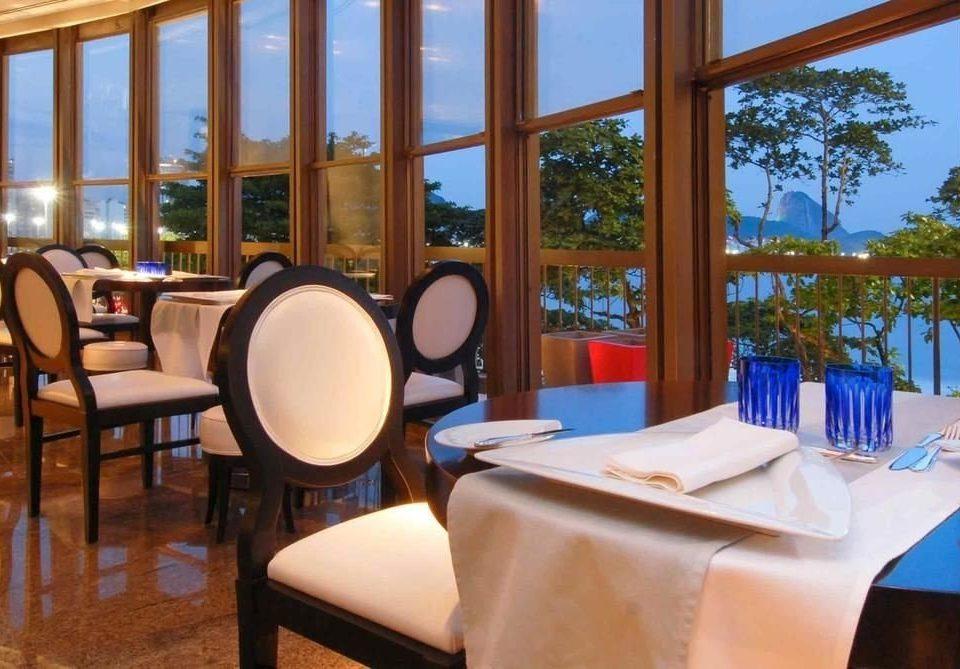 chair property Resort restaurant Villa condominium Dining Suite overlooking
