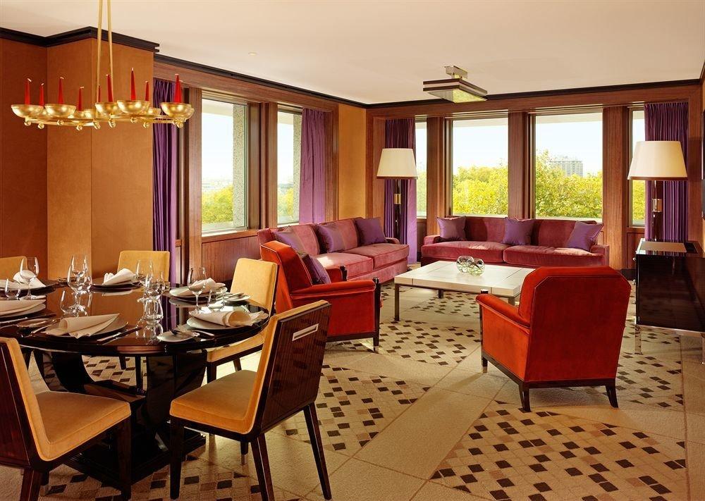 property chair Suite Dining living room Resort Villa cottage