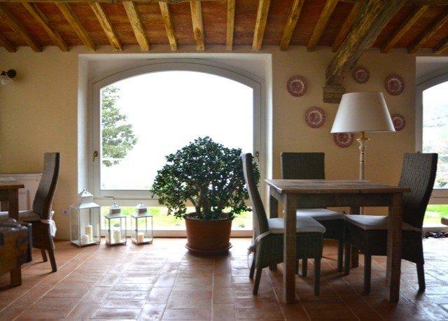 property chair Villa Dining hardwood living room cottage hacienda home Resort wooden farmhouse Suite