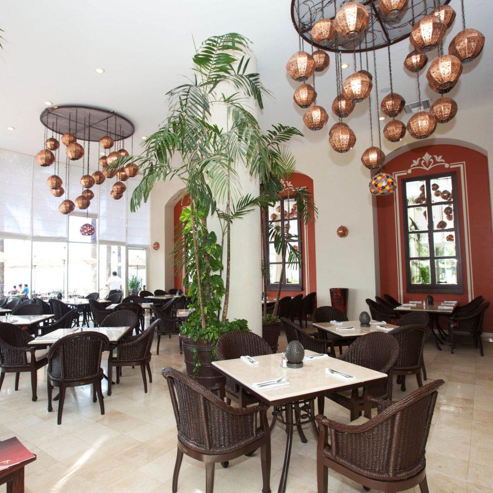 property restaurant Resort home hacienda Villa Dining cottage arranged dining table