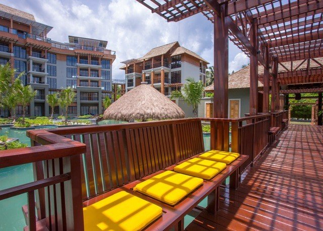 chair building property Resort wooden condominium Dining outdoor structure Villa