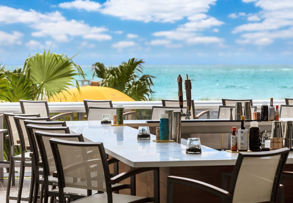 sky chair property restaurant Resort home caribbean Villa cottage Dining dining table