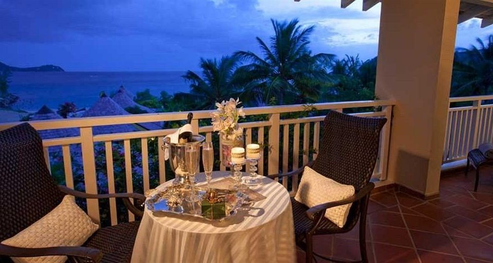 chair property Resort Villa Dining cottage hacienda mansion restaurant eco hotel set dining table
