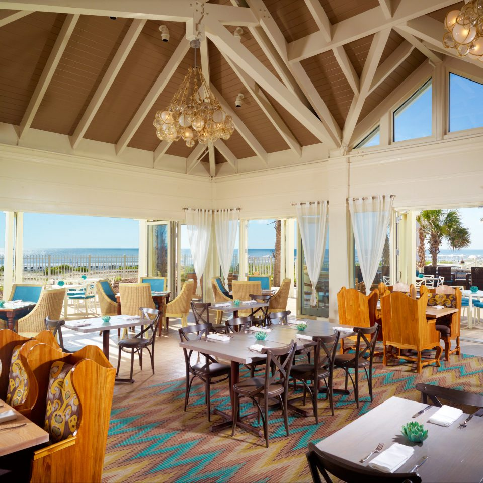 chair Resort property restaurant Villa Dining home palace