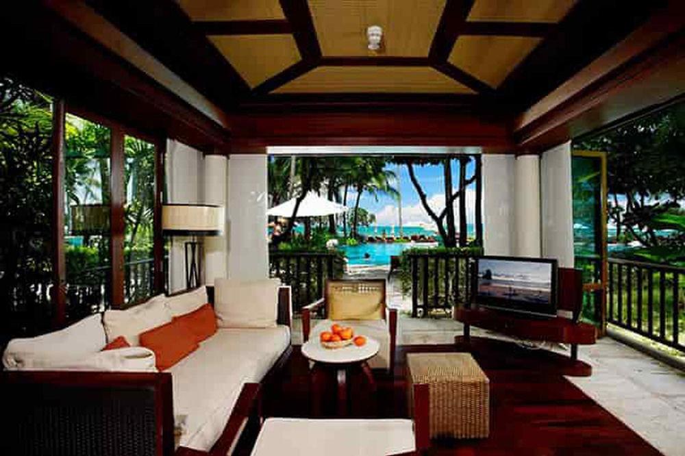 chair property Resort Villa Dining restaurant cottage hacienda porch mansion