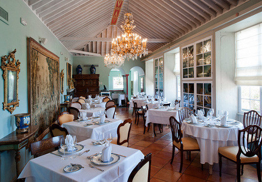 property restaurant Dining Resort function hall home Villa palace mansion