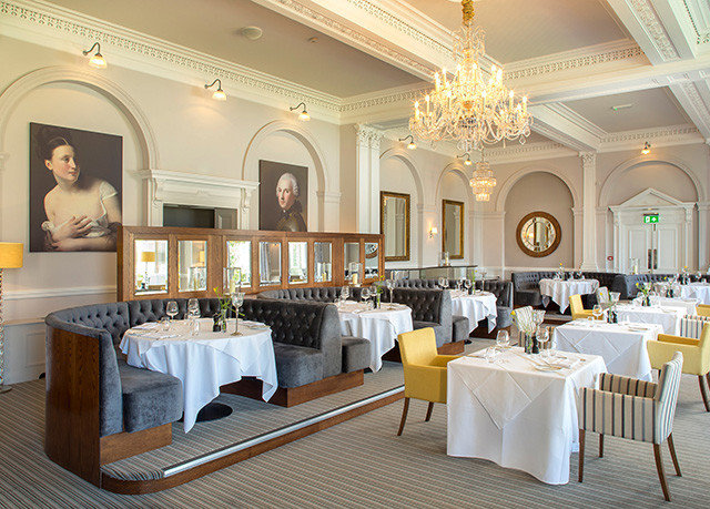 property function hall Dining white mansion palace restaurant ballroom Suite Villa