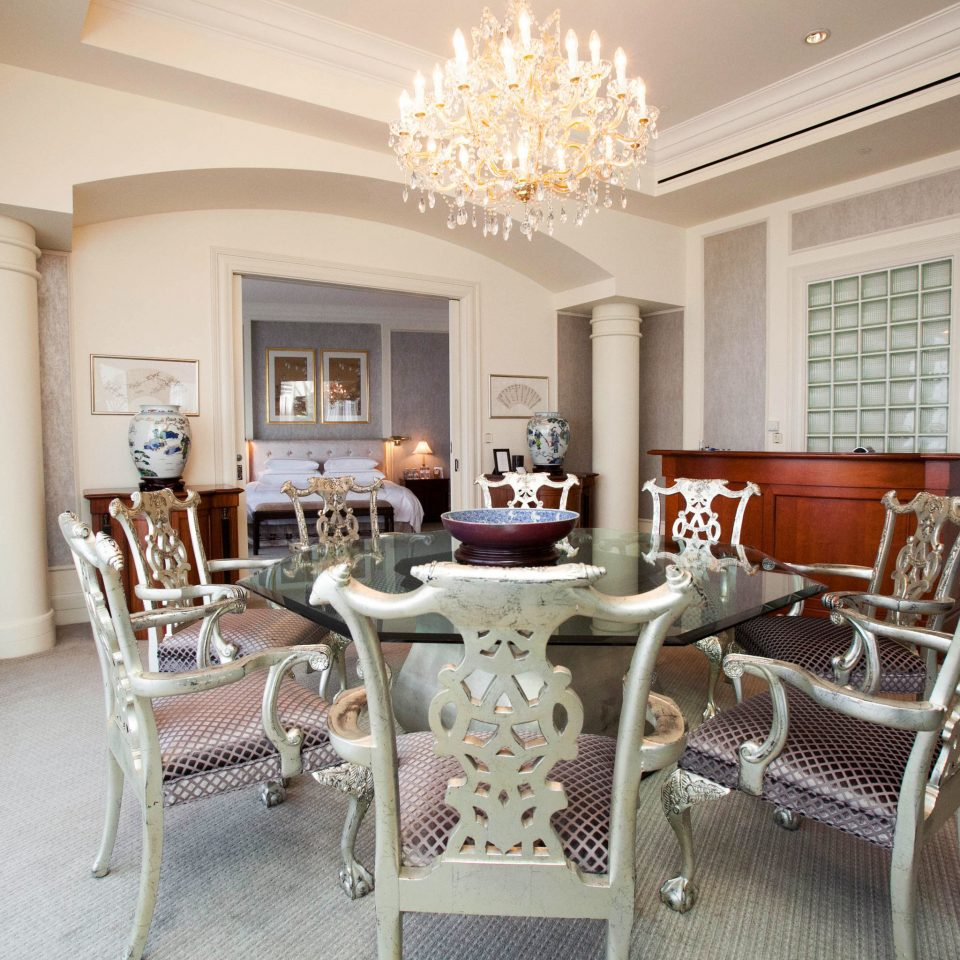 chair property living room home condominium cottage Villa mansion Suite farmhouse Dining dining table