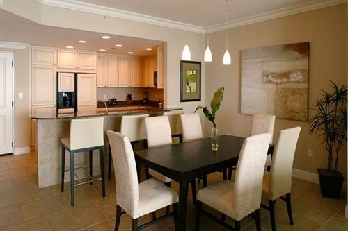property Suite condominium Villa Dining living room cottage dining table