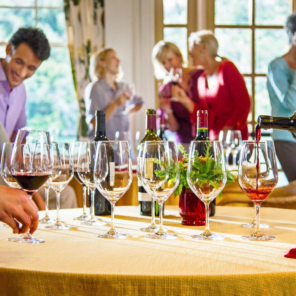 wine glasses lunch dinner restaurant rehearsal dinner supper sense dining table