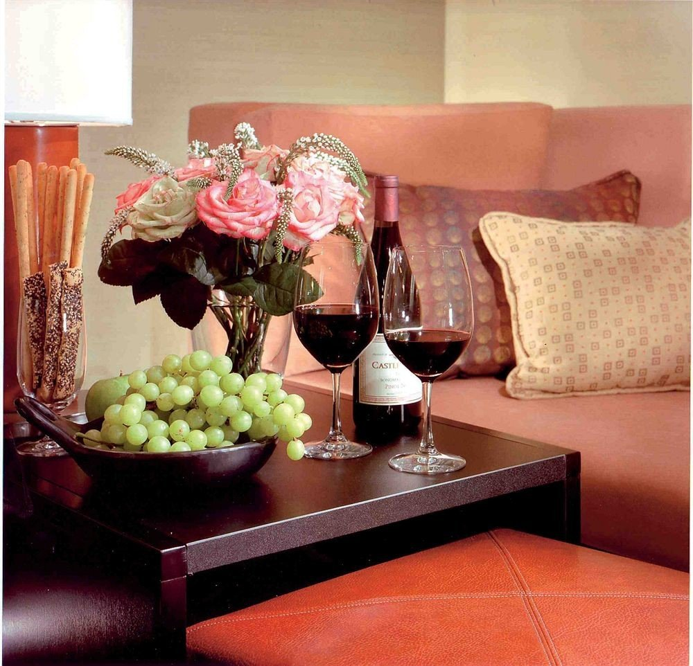 pink living room flower dining table