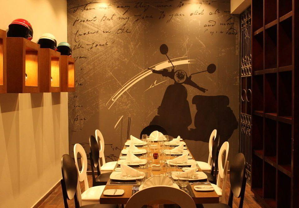 restaurant lighting dining table
