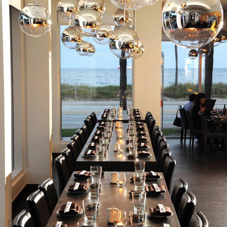 restaurant lighting set dining table