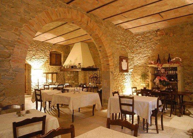 chair property Dining restaurant hacienda Villa farmhouse cottage palace