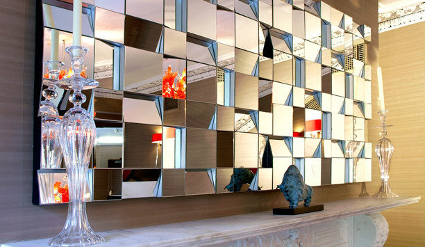 glass shelving display window