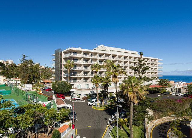 sky Resort Town neighbourhood condominium residential area Downtown plaza cityscape marina