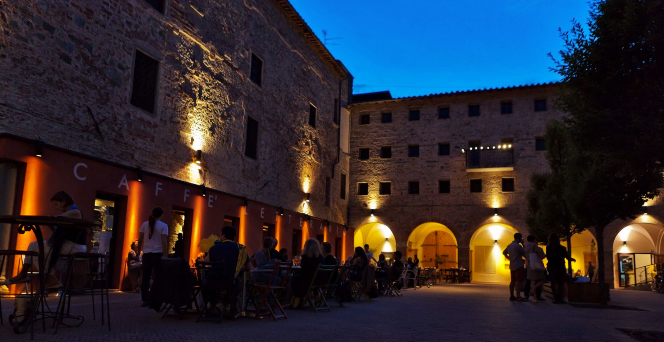 building Town night evening street Downtown town square plaza ancient history