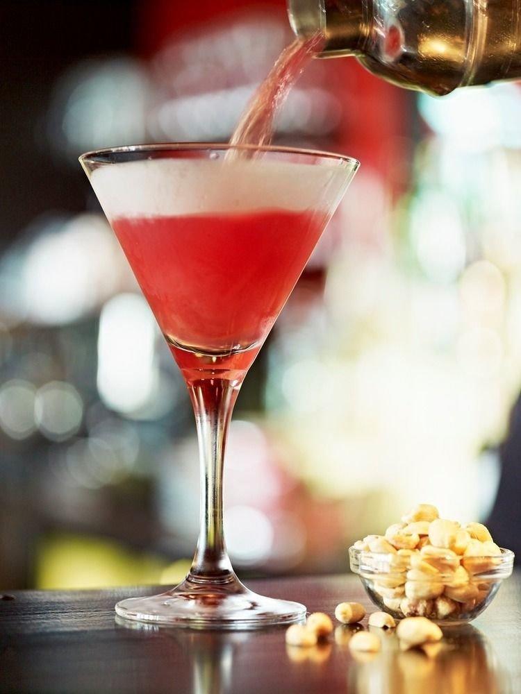 wine Drink cocktail alcoholic beverage glass food martini cosmopolitan beverage distilled beverage liqueur alcohol close